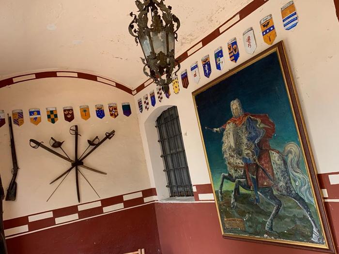 sala stemma  CASTELLO DI MARCHIERU'