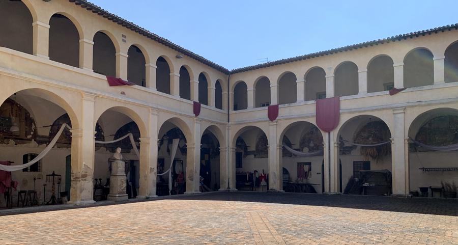 chiostro di San Domenico - Bevagna