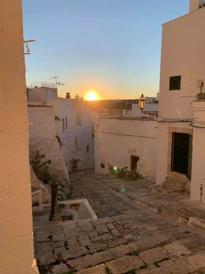ostuni_borgo al tramonto
