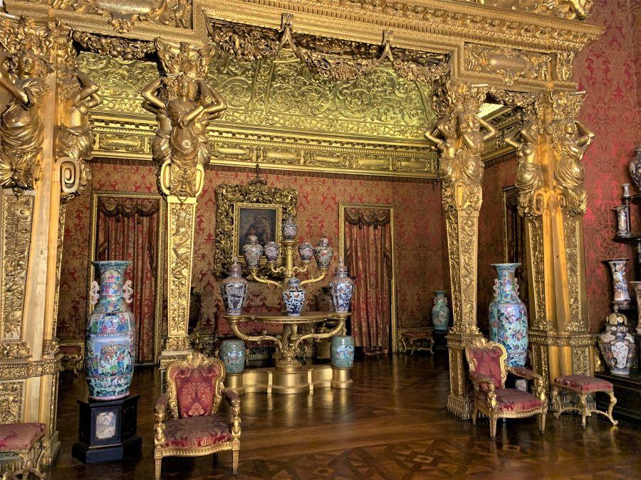 Palazzo Reale Torino: sala vasi orientali