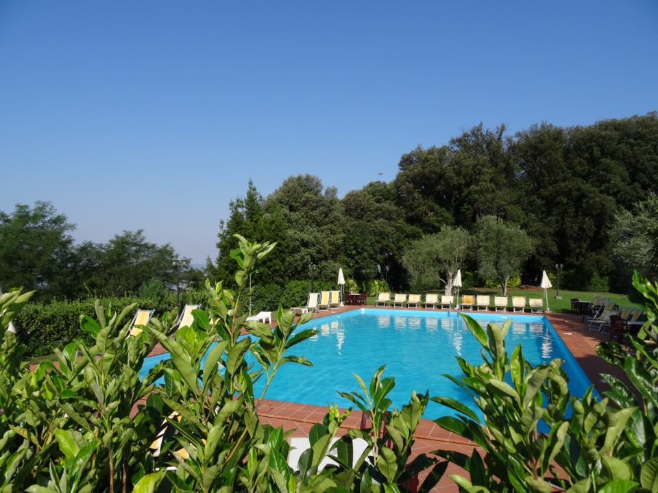 piscina Albergo-Nencini
